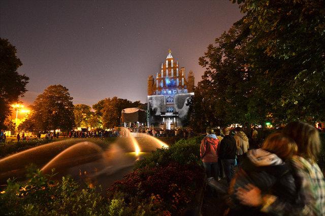 Bella Skyway Festival: magiczny Toruń w światłach festiwalu