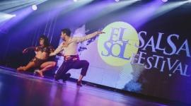 El Sol Salsa Festival już po raz 13.! LIFESTYLE, Muzyka - El Sol Salsa Festival już niedługo po raz 13 będzie podgrzewał warszawską jesienną atmosferę. Najbardziej słoneczny festiwal taneczny w Europie wesprze El Sol - marka o iście hiszpańskim temperamencie.