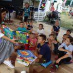 W Szczebrzeszynie dzieci szukają języka polskiego w trzcinie