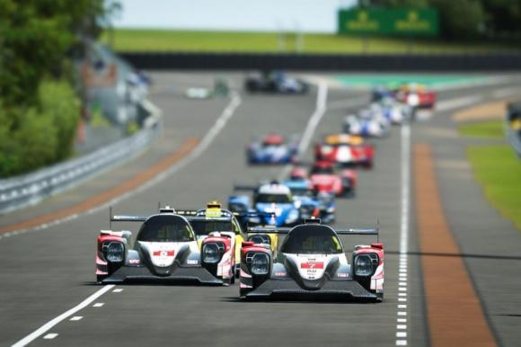 Gwiazdy Toyota Gazoo Racing w Virtual Le Mans 24 Hours LIFESTYLE, Muzyka - W weekend 13-14 czerwca odbędzie się pierwsza wirtualna edycja 24-godzinnego wyścigu w Le Mans. Zespół Toyota Gazoo Racing, który zwyciężał w dwóch ostatnich edycjach prawdziwego wyścigu, na zmagania w symulatorach wystawi gwiazdorską obsadę.